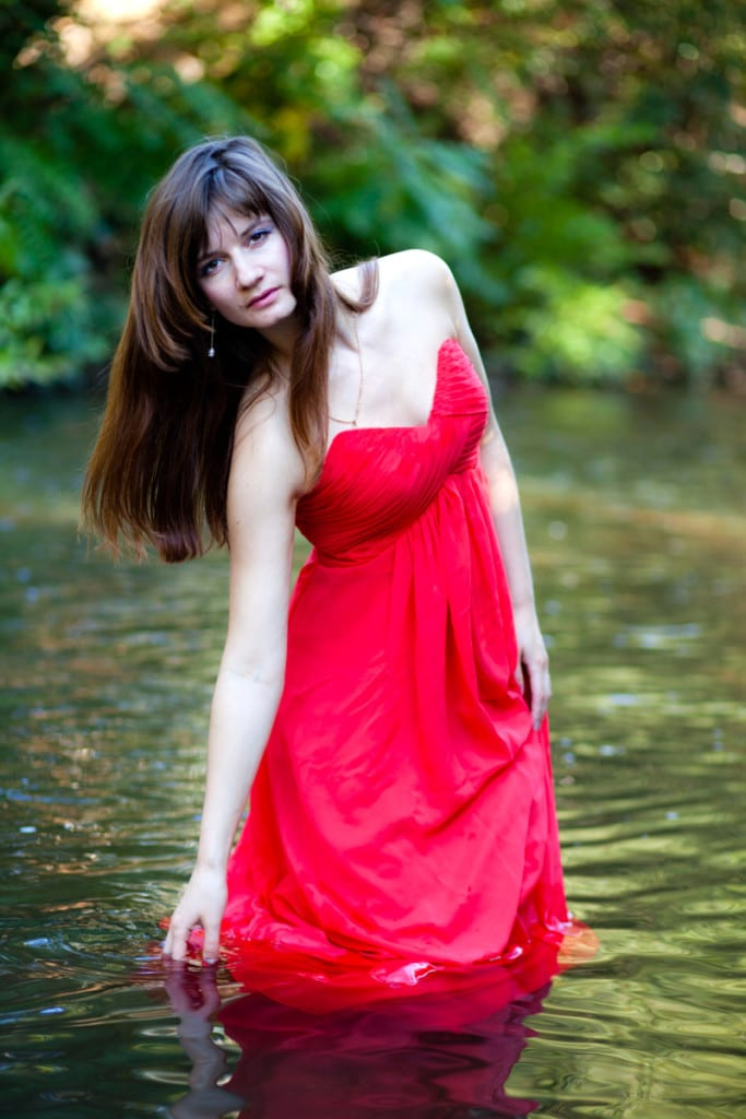 model-with-dress-in-wate