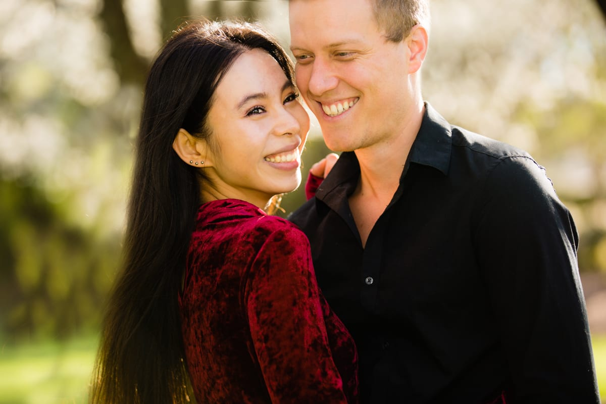 engagement-photographers-in-grass-valley